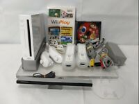 Nintendo Wii Video Game System  Bundle RVL-001 GameCube Console WHITE VERY GOOD