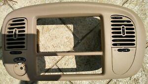 1998 to 2002 Lincoln Navigator Tan Dash Climate Control Radio Bezel A4WD