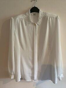 Stunning White Vintage Viyella Long Sleeve Blouse Size 10/12 - Panelled Sides