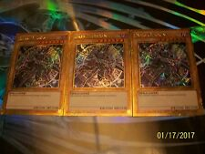 3x Dark Magician Limited Edition Gold Secret Rare MVP1-ENGV3 Yu-Gi-Oh!
