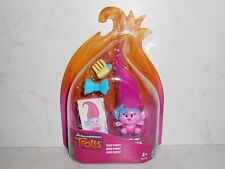 New Collectable Hasbro DreamWorks Trolls Baby Poppy B8050 (Scratched Package)