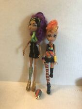 Monster High CLAWDEEN HOWLEEN Wolf Exclusive Werewolf Sister Pet 2 Doll Lot Used