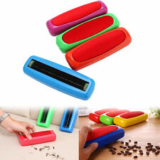 High Quality Plastic Sweeper Carpet Table Single Brush Dirt Crumb Cleaner Roller
