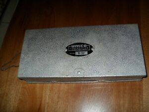 VINTAGE OLD UMCO CORPORATION TACKLE # B-10 BOX WITH LURES & BAITS