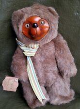 ROBERT RAIKES BEARS. SCULPTED WOOD PLUSH TEDDYBEAR. 1985 APPLAUSE ORIGINAL W/TAG