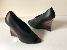 """BURBERRY """"REYARD"""" SCULPETED WEDGE PUMPS IN BLACK LEATHER, SIZE 35"""