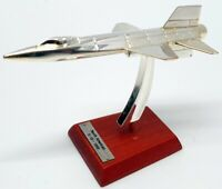 Atlas Edition 1/200 Scale Model Aircraft 754019 - X15 North American