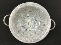 "VINTAGE KITCHEN ENAMELWARE GREY SPECKLED METAL COLANDER 11"" WIDE ART DECO"