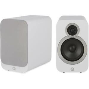 Q Acoustics 3020i Regal Lautsprecher Weiß Loudspeaker White Speaker Aussteller