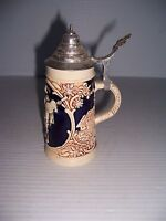 VINTAGE SMALL LIDDED BEER STEIN #2983 WITH DANCING SINGING SCENE GERMANY