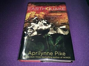 Earthquake by Aprilynne Pike (Hardcover) , Preowned