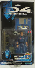 INDEPENDENCE DAY (ID4) : PRESIDENT THOMAS J. WHITMORE CARDED ACTION FIGURE