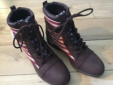 Qupid Plateau Boots Patriotic American Flag Women 6.5  Faux Leather Lace Up NWOB