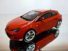 MOTORART OPEL ASTRA GTC - RED 1:43 - EXCELLENT CONDITION - 34