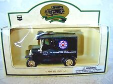 1927 RED CROWN PEARL OIL VAN -Chevron Lledo Diecast Metal Collectible Model-RARE