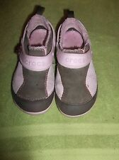 Girl's Winter Crocs Suede Dawson Size 12 Chocolate/Bubble Gum
