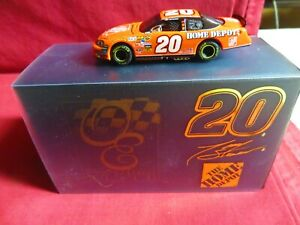 TONY STEWART, 1/64 RCCA-ACTION ELITE, 2007, #20, THE HOME DEPOT