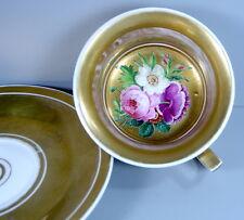 Biedermeier Tasse -  Porzellan mit Innenmalerei - Gold, Blumenbukett