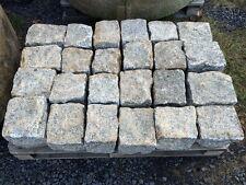Historisches Granitpflaster 18cm x 20 cm, grau- rost  79 €* pro 1 Tonne