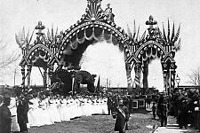 New 5x7 Photo: Funeral Arch for President Abraham Lincoln's Hearse in Chicago