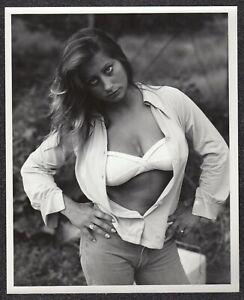 LQQK 8X10 vintage 1970s original, MAGNIFICENT BRUNETTE GIRL NEXT DOOR  #35