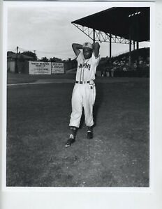 ERNEST WITHERS PHOTO 8X10 AFRICAN AMERICAN ARTIST PHOTOGRAPHER NEGRO LEAGUES