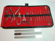 22 PIECE PROFESSIONAL NAIL MANICURE KIT TOOL SET