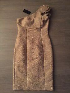 Alberto Makali special occasion one shoulder ruffle dress.Size UK 16,US 12,EU 46