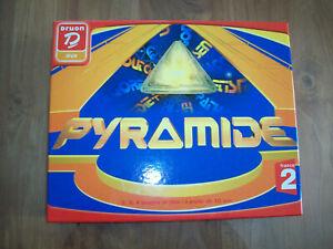 JEU DE SOCIETE :PYRAMIDE 2002