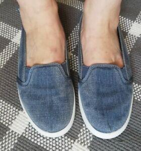 Tommy Hilfiger Slipper Schuhe Größe 37 Blau! Nur 1x getragen