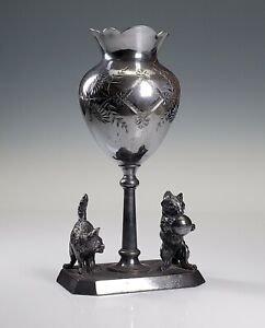 ANTIQUE J.W. TUFTS BOSTON 19th C. AMERICAN FIGURAL SILVERPLATE VASE w/ CATS