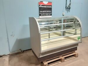 """COLUMBUS "" COMMERCIAL LIGHTED CURVED GLASS DRY BAKERY MERCHANDISER DISPLAY CASE"