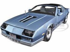 1982 CHEVROLET CAMARO LIGHT BLUE 1/18 DIECAST MODEL CAR BY SUNSTAR 1929