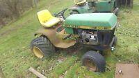 John Deere 400 Lawn /& Garden Tractor Deck Lift Plate AM35302