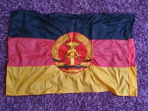 DDR Fahne Flagge Banner Staatsflagge Emblem aufgenäht Original 60 x 95 cm