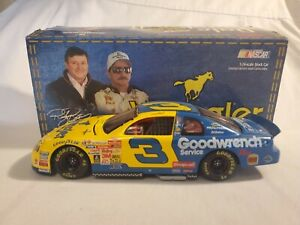 Action 1999 #3 DALE EARNHARDT Wrangler GM Goodwrench Monte Carlo 1:24 Diecast