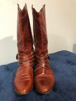 Women's Gianni Bini Knee High Brown Leather Boots With Buckle Detail. Size 9M