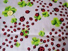 Algodón Estampado ladybirds-grey/red/black / green-dress/craft Tela-Libre p+p