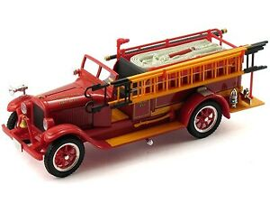 Signature Models 32308 Die-Cast 1/32 Scale 1928 Reo Fire Truck (Red) LN/Box