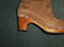 Women's Tan UGG AUSTRALIA Side Zipper Knee High Suede Leather Boots, Size 8