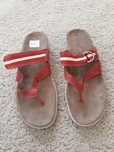 Naturalizer Size 10 Red And White Sandals