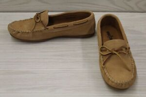 Minnetonka Classic Moccasin 917T Slip On, Men's Size 10 M(D), Taupe Suede