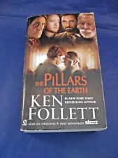 BOOK:  KEN FOLLETT'S THE PILLARS OF THE EARTH - PAPERBACK