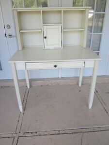 WHITE DESK WITH HUTCH SHABBY CHIC by Pier One