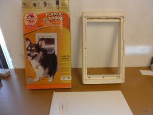 Ideal pet 7 in. x 11.25 in. Medium Original Frame Pet Door