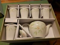 "Teavana Fine Porcelain  ""Delicate Branch"" Tea Set, Pot and Five Lidded Cups NEW"