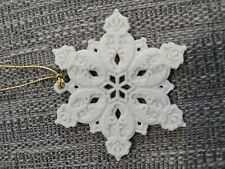Wedgwood Jasperware White Jasper Snowflake ornament 2-25001-1003 1995