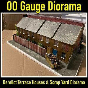 OO Gauge Derelict Terrace Houses & Scrap Yard Diorama - Lots of Details - Used.