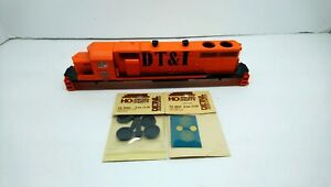 Athearn HO Train DT&I EMD SD38 Project Locomotive Shell w/ Extra Detail Parts
