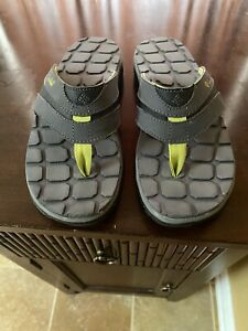 Columbia Beach Sandals - New - size 7
